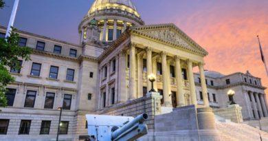 MS Legislature Overrides Reeves' Veto of Education Budget